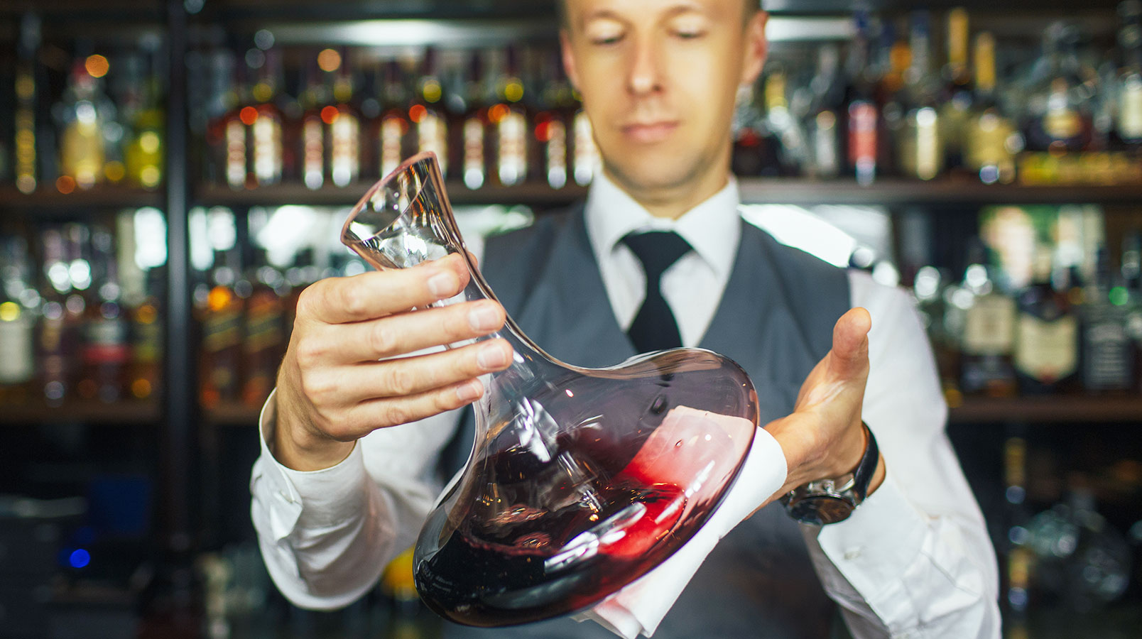 Sommelier: who is it 4