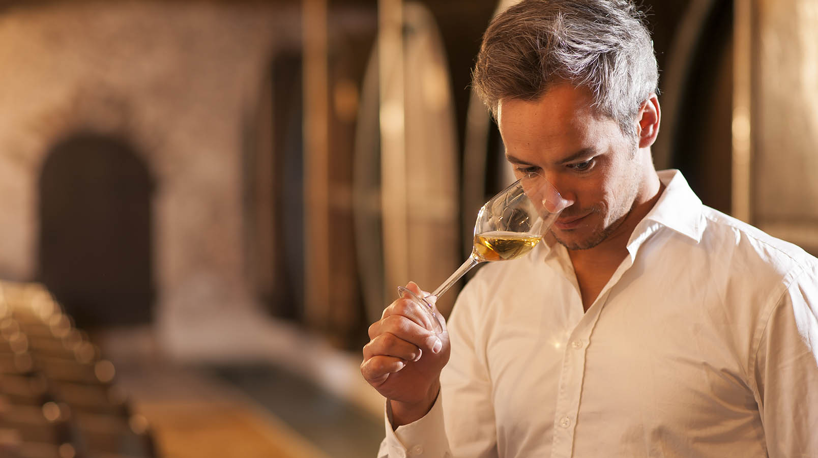 Tips from the school sommelier in St. Petersburg: How wine is prepared