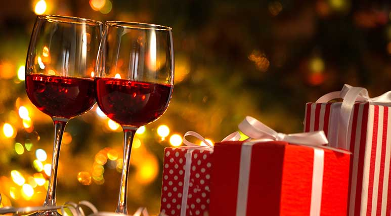 773x427_Perfect Gift for Wine Lovers.jpg
